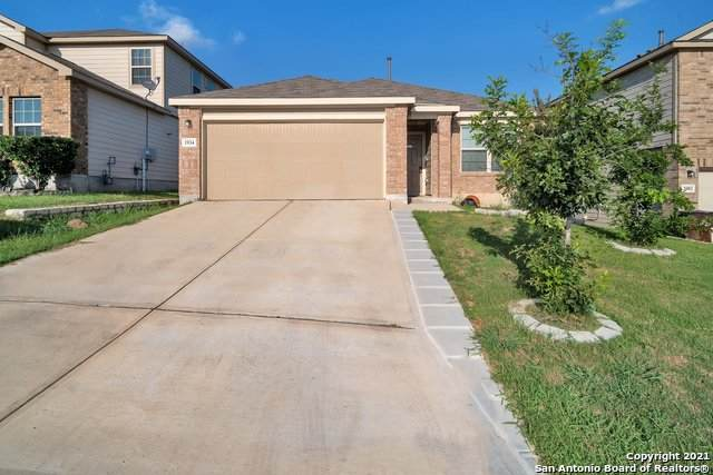 1934 Marbach Woods, San Antonio, TX 78245 (MLS #1540661) :: 2Halls Property Team | Berkshire Hathaway HomeServices PenFed Realty