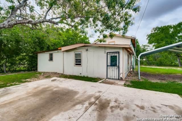 227 Guthrie St, San Antonio, TX 78237 (MLS #1540669) :: 2Halls Property Team | Berkshire Hathaway HomeServices PenFed Realty