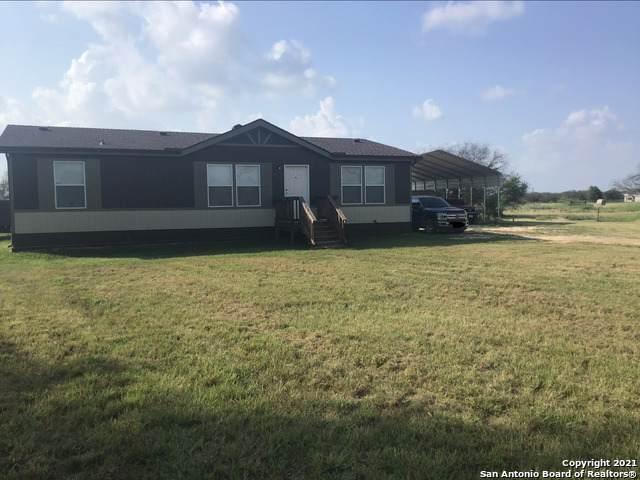 328 Bar H Ln, Marion, TX 78124 (MLS #1540672) :: The Castillo Group