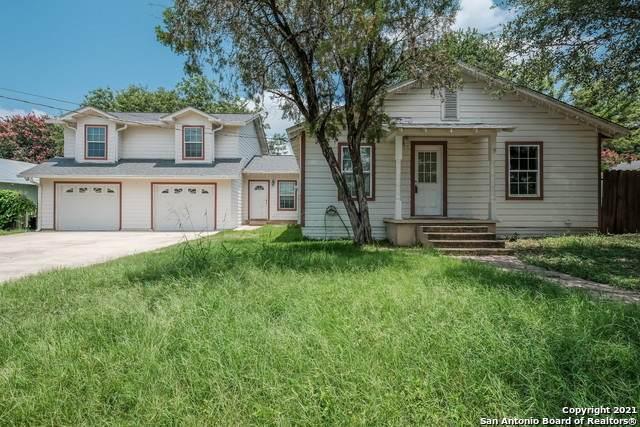 1706 3RD ST, Floresville, TX 78114 (MLS #1541074) :: Exquisite Properties, LLC