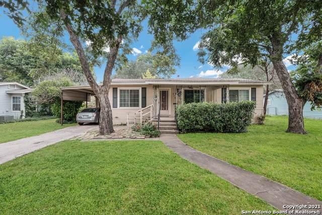215 Coyle Pl, San Antonio, TX 78201 (MLS #1541106) :: The Real Estate Jesus Team