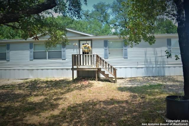 1040 County Road 770, Natalia, TX 78059 (MLS #1541153) :: EXP Realty