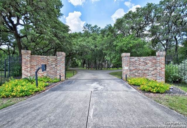 306 Hill Country Ln, Hill Country Village, TX 78232 (MLS #1541169) :: Vivid Realty