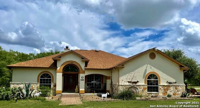 3500 Cr 422, Pleasanton, TX 78064 (MLS #1541380) :: The Real Estate Jesus Team