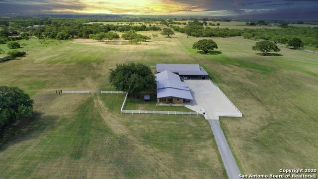 13633 Us Highway 87 S, Adkins, TX 78101 (MLS #1541744) :: Carolina Garcia Real Estate Group