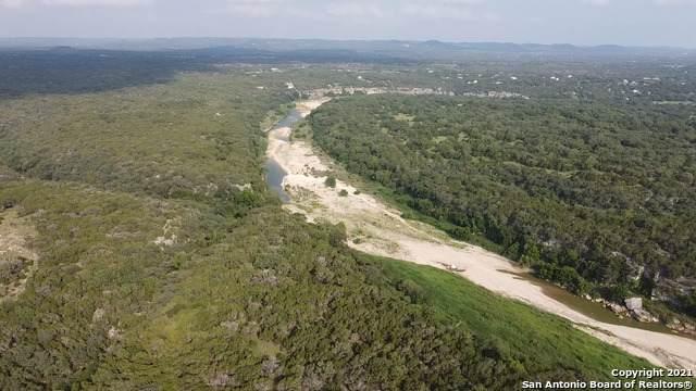RIVER OAKS RANC Scenic Loop, Pipe Creek, TX 78063 (MLS #1541852) :: Countdown Realty Team