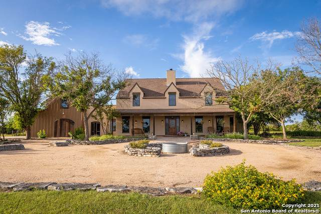 1100 Homestead Ridge, New Braunfels, TX 78132 (MLS #1541884) :: The Castillo Group
