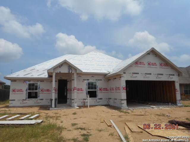 1820 Wandering Trail, Pleasanton, TX 78064 (MLS #1541957) :: The Rise Property Group