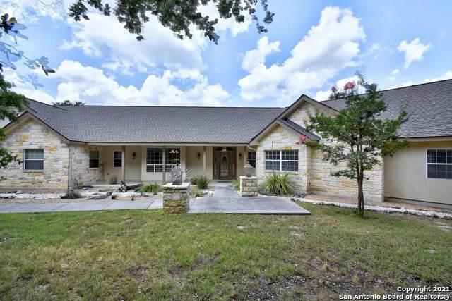 746 Vista Ridge, Canyon Lake, TX 78133 (MLS #1542041) :: The Real Estate Jesus Team