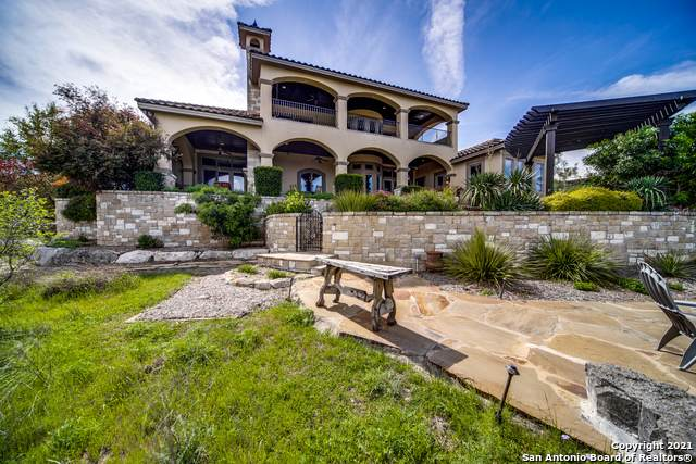 307 Augusta, Boerne, TX 78006 (#1542050) :: Zina & Co. Real Estate