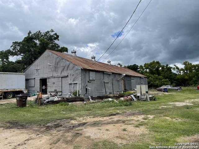 811 N Pecos St, Lockhart, TX 78644 (MLS #1542241) :: EXP Realty