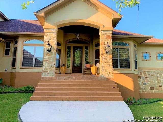 1017 Glenwood Loop, Bulverde, TX 78163 (MLS #1542262) :: Exquisite Properties, LLC