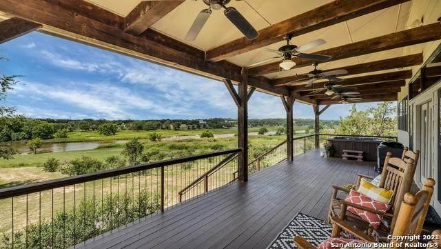 998 Scenic Dr, Johnson City, TX 78636 (MLS #1542360) :: The Real Estate Jesus Team