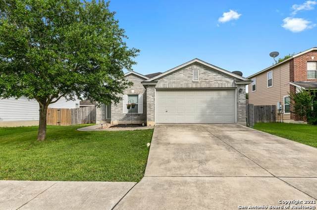 362 Scenic Meadows, New Braunfels, TX 78130 (#1542421) :: Zina & Co. Real Estate