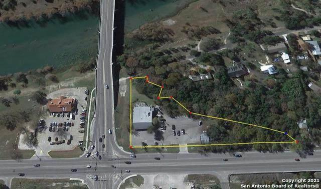 1701 Junction Hwy, Kerrville, TX 78028 (MLS #1542488) :: Exquisite Properties, LLC