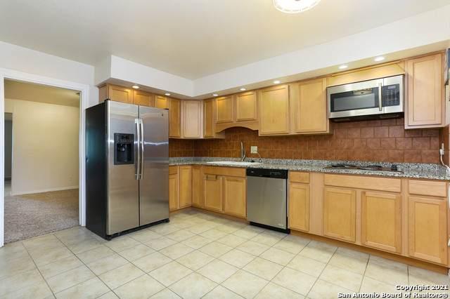 7500 Callaghan Rd #102, San Antonio, TX 78229 (MLS #1542635) :: Vivid Realty