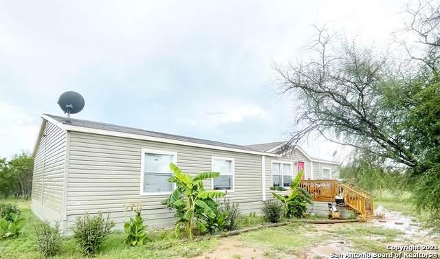 107 County Road 2670, Moore, TX 78057 (MLS #1542702) :: The Gradiz Group