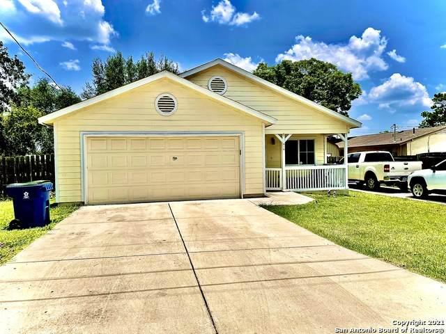 810 Sutton St, Pleasanton, TX 78064 (MLS #1542930) :: Countdown Realty Team
