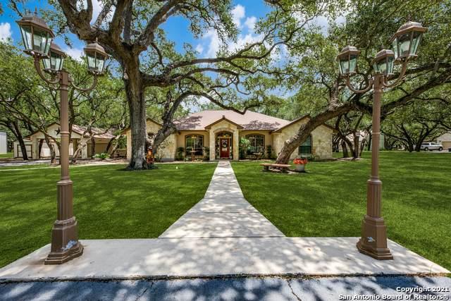 108 Oak Fields Dr, Floresville, TX 78114 (MLS #1543008) :: Exquisite Properties, LLC