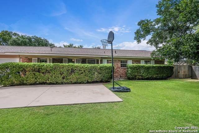 10406 Moonglow Dr, San Antonio, TX 78216 (MLS #1543159) :: JP & Associates Realtors
