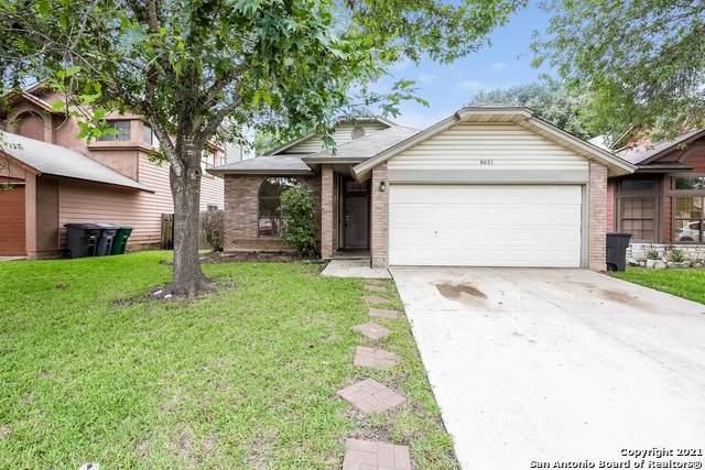 9651 Silver Moon, San Antonio, TX 78254 (MLS #1543163) :: REsource Realty