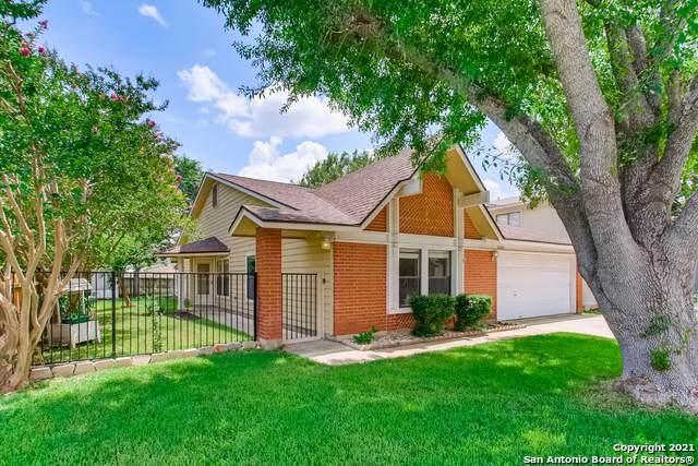 10342 Country Vista, San Antonio, TX 78240 (MLS #1543321) :: Carter Fine Homes - Keller Williams Heritage