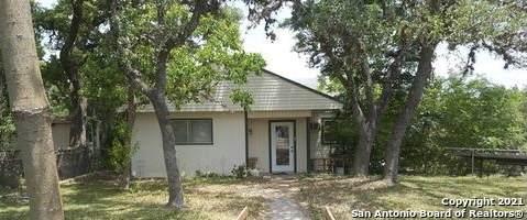 565 Ridgehaven St, Canyon Lake, TX 78133 (MLS #1543430) :: Carolina Garcia Real Estate Group