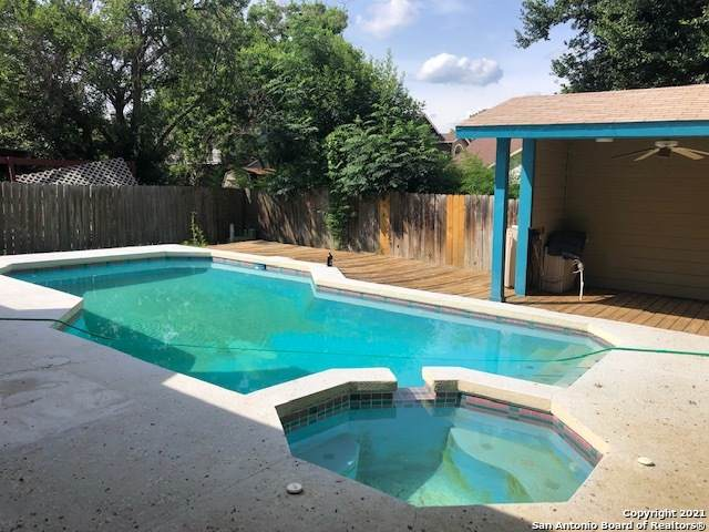 16734 Stoney Glade, San Antonio, TX 78247 (MLS #1543459) :: Exquisite Properties, LLC