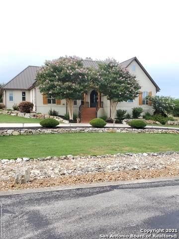 1355 Bordeaux, New Braunfels, TX 78130 (#1543560) :: Zina & Co. Real Estate