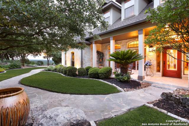 135 Scenic Bluffs Dr, Boerne, TX 78006 (MLS #1543893) :: The Lopez Group
