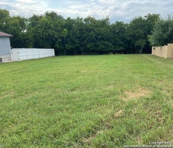7907 Deerfield Blvd, Selma, TX 78154 (MLS #1543906) :: Carter Fine Homes - Keller Williams Heritage