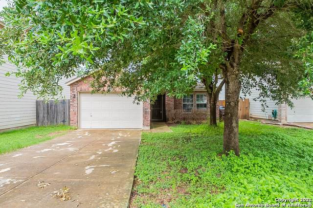 2618 Sunview Lk, San Antonio, TX 78245 (#1544114) :: The Perry Henderson Group at Berkshire Hathaway Texas Realty