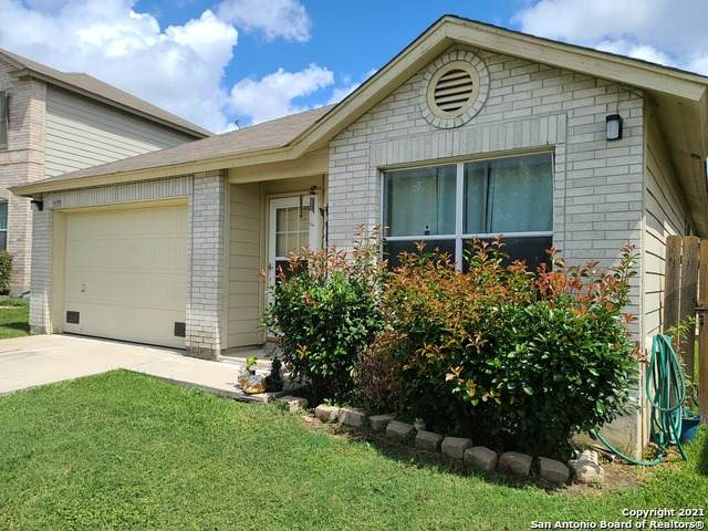 9955 Sunview Pass, San Antonio, TX 78245 (#1544297) :: The Perry Henderson Group at Berkshire Hathaway Texas Realty