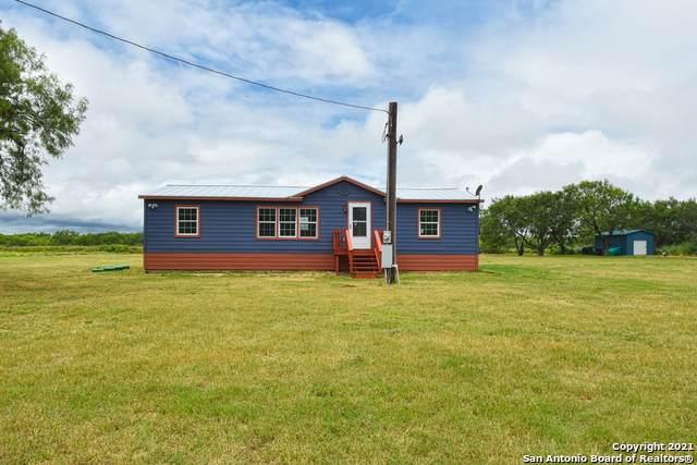 188838 La Gloria Rd, Elmendorf, TX 78112 (MLS #1544370) :: Exquisite Properties, LLC