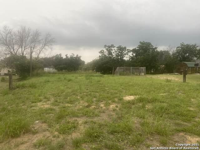 720 Sanchez, Pleasanton, TX 78064 (MLS #1544374) :: Exquisite Properties, LLC