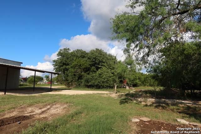 131 Mills Lane, Pipe Creek, TX 78063 (MLS #1544412) :: Alexis Weigand Real Estate Group