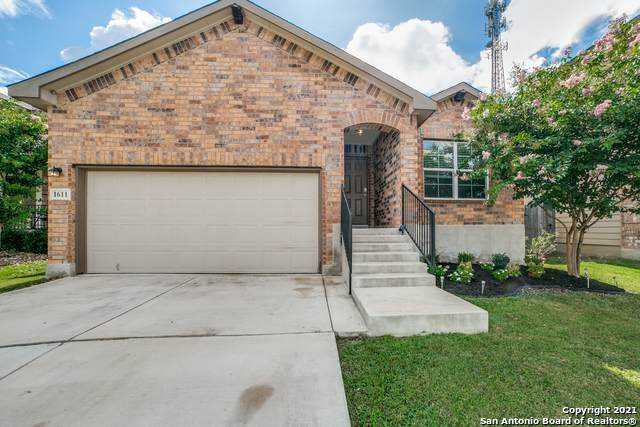 1611 Tree Run, San Antonio, TX 78245 (#1544471) :: Zina & Co. Real Estate