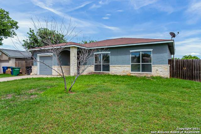 422 Regal View, San Antonio, TX 78220 (MLS #1544763) :: Beth Ann Falcon Real Estate