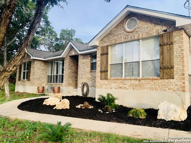 9138 Saddle Trl, San Antonio, TX 78255 (#1544813) :: The Perry Henderson Group at Berkshire Hathaway Texas Realty