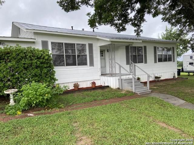 11680 New Sulphur Springs Rd, Adkins, TX 78101 (MLS #1544814) :: The Real Estate Jesus Team