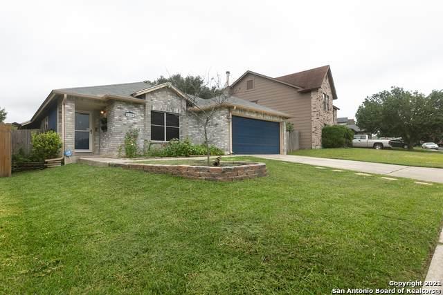 8050 Chestnut Barr Dr, Converse, TX 78109 (MLS #1544818) :: Exquisite Properties, LLC