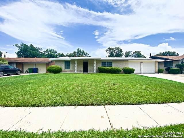 3442 Chateau Dr, San Antonio, TX 78219 (MLS #1544940) :: The Lopez Group