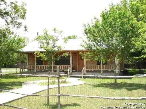 503 Hackberry St, Bandera, TX 78003 (MLS #1544962) :: Exquisite Properties, LLC