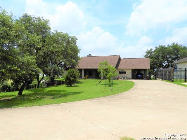 1183 Summit Rd, Lakehills, TX 78063 (MLS #1544999) :: The Rise Property Group