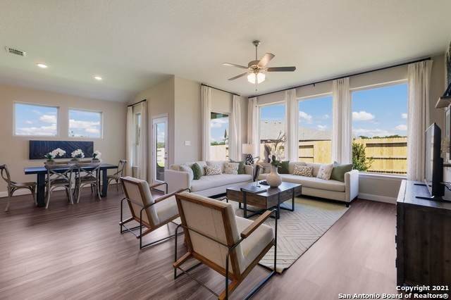 1957 Colonial Ave, New Braunfels, TX 78130 (#1545077) :: The Perry Henderson Group at Berkshire Hathaway Texas Realty