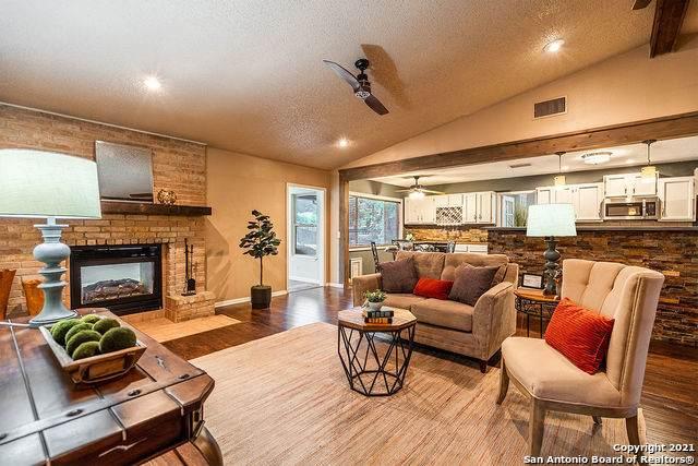 5727 Sky Country St, San Antonio, TX 78247 (MLS #1545104) :: Exquisite Properties, LLC