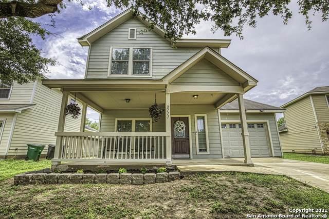 2111 Bigmouth Hook, San Antonio, TX 78224 (#1545156) :: Zina & Co. Real Estate