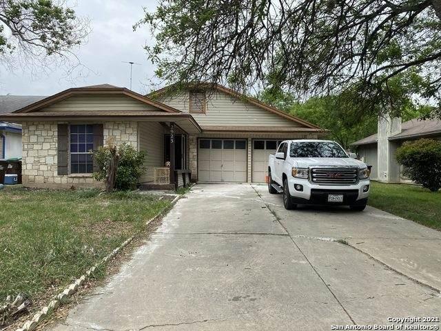 2923 Black River Ln, San Antonio, TX 78245 (#1545160) :: The Perry Henderson Group at Berkshire Hathaway Texas Realty