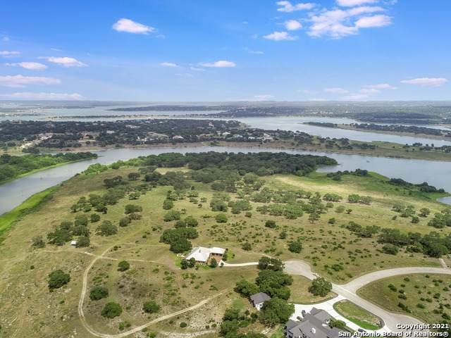 1124 Aguayo Dr, Canyon Lake, TX 78133 (MLS #1545165) :: The Rise Property Group