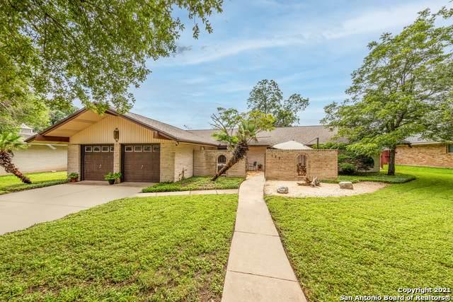 137 Twinleaf Ln, Castle Hills, TX 78213 (#1545278) :: Zina & Co. Real Estate